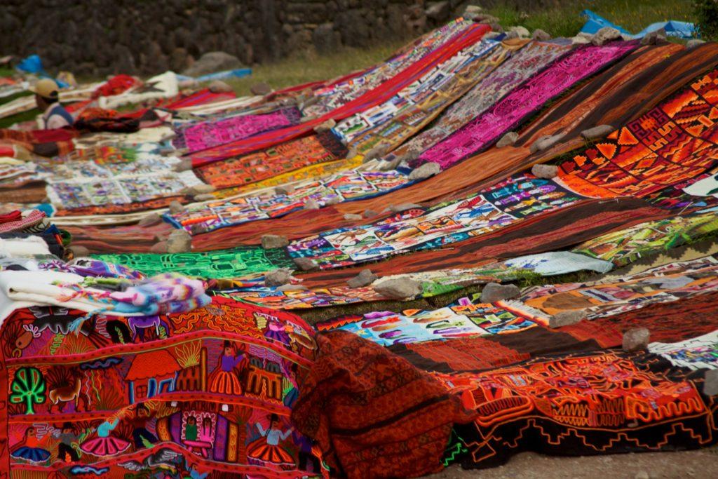 Telares tradicionales de Perú