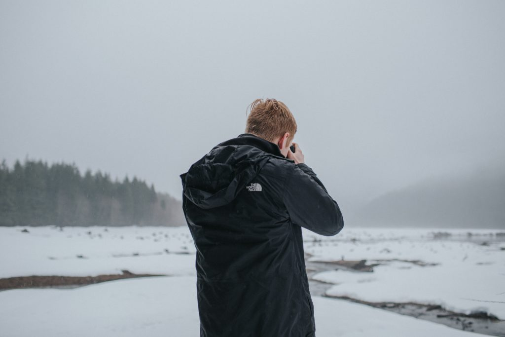 Hombre tomando fotos