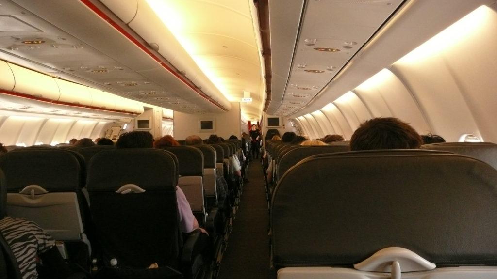 Cabina de un avión Dushan Hanuska