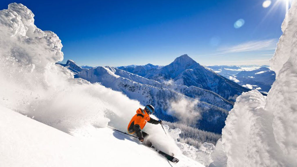os mejores destinos de esquí en Canadá