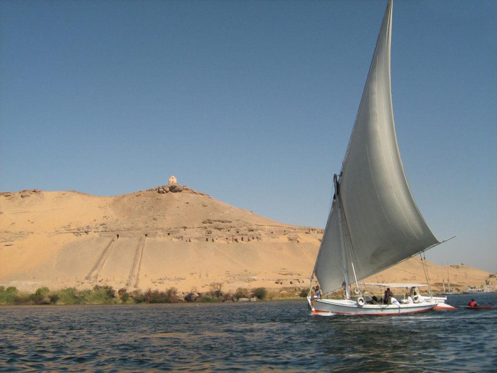 via para Egipto, faluca